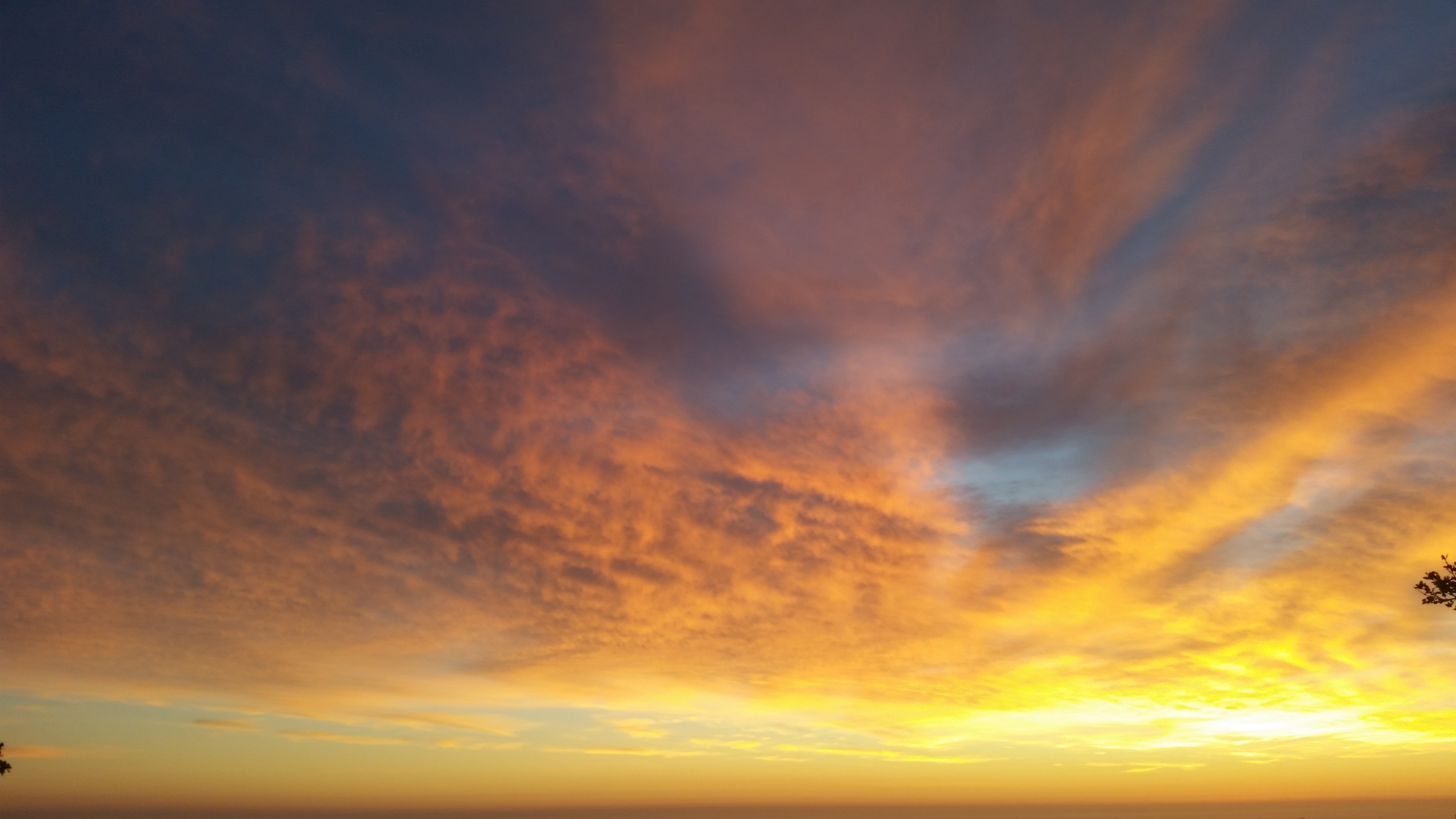 Big Sur is all about ridiculous sunsets.  There are plenty of establishments dedicated to this fact.