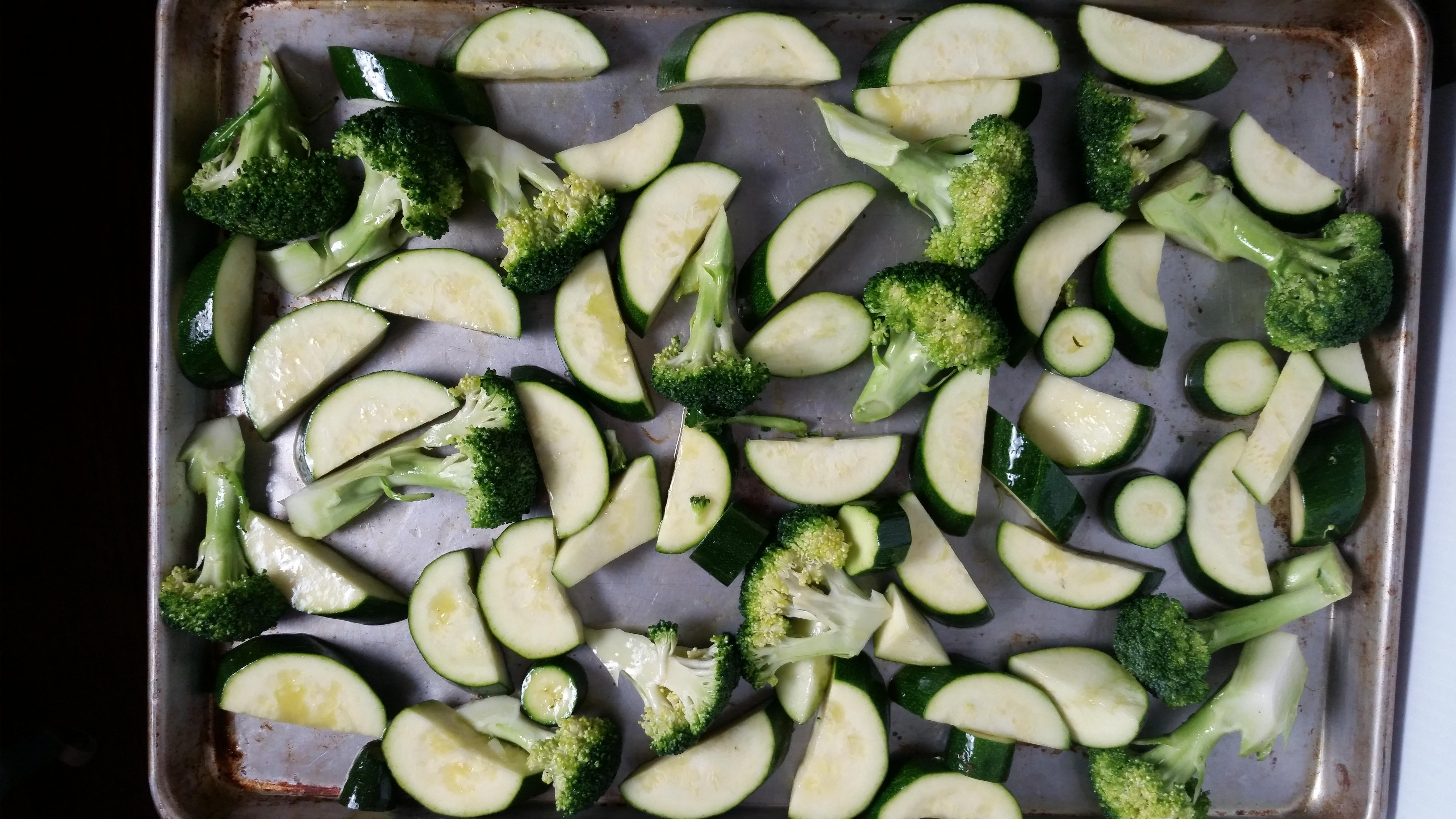 20150602 211133 - Broccoli, Zucchini and Avocado Salad
