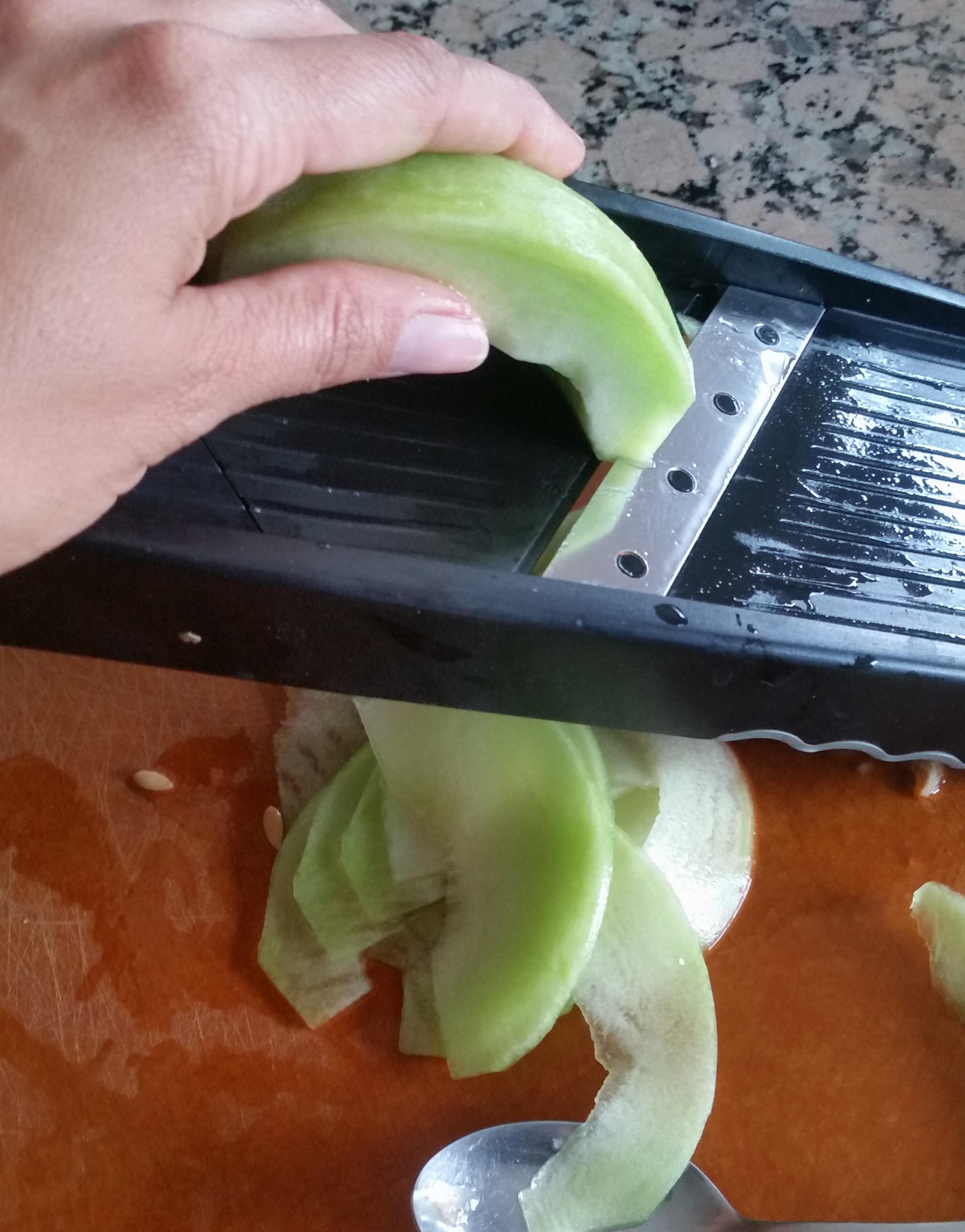 20150627 144023 e1438843636773 - Melon and White Peach Salad